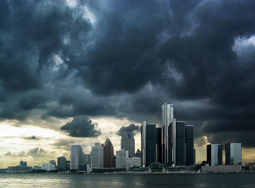 detroit-skyline-storm